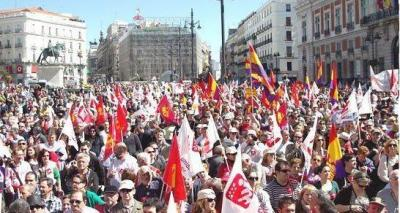 CIENTOS DE PERSONAS DE LA PROVINCIA DE JAÉN PARTICIPARON EN LA MANIFESTACIÓN DE IU EN MADRID, QUE REUNIÓ A 20.000 PERSONAS
